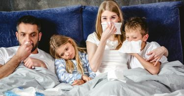 How to Distinguish Between a Cold and Allergies